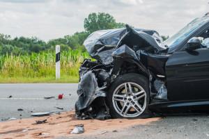 Beschdigtes Auto nach Verkehrsunfall